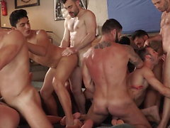 super hot muscle hunks orgy