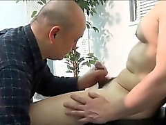 Asian amateur spits cum